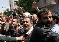 Worker strikes continue in Tabriz and Tehran